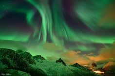 The green heaven - Strong auroras over Troms, Norway seen today by WunderPhotographer Altred: