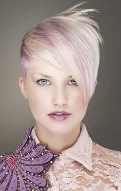Cool Side-parted Short Blonde Hairstyle