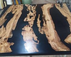 Custom made for EVAN, new form epoxy table - innenraum - Resin Furniture, Living Furniture, Furniture Design, Table Cafe, Cafe Chairs, Room Chairs, Narrow Console Table, Epoxy Resin Table, Moroccan Lanterns