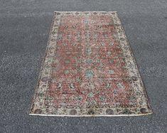 Vintage Turkish Carpets and Vintage Turkish Kilim by SILKROADRUGS Turkish Carpets, Turkish Kilim Rugs, Aztec Rug, Bohemian Rug, Etsy Seller, Vintage, Design, Home Decor, Decoration Home