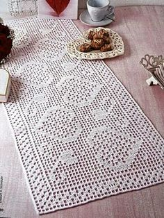 Best 11 This white long doily with hearts is a perfect addition to your home and looks beautiful on your table. The doily is around cm / inches in size. The material is a cotton thread, the ribbon is polyester. Crochet Table Runner Pattern, Free Crochet Doily Patterns, Crochet Placemats, Crochet Books, Thread Crochet, Knit Crochet, Crochet Dollies, Crochet Purses, Crochet Numbers