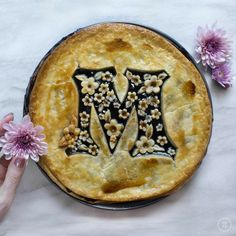 Monogram pie crust design with flowers in the M Pie Recipes, Sweet Recipes, Dessert Recipes, Beautiful Pie Crusts, Pie Crust Designs, Pie Decoration, Pies Art, Pie Tops, My Pie