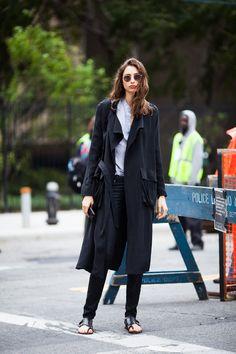 ストリートスナップニューヨーク - Alexandra agostonさん | Fashionsnap.com