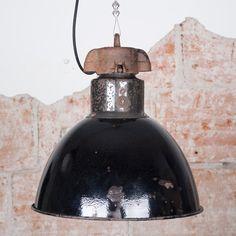 bauhaus tehdas valaisin, 260€ industrial valaisimet, teollisuustyyli