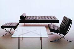 Ludwig Mies van der Rohe/Lilly Reich Ludwig Mies Van Der Rohe, Barcelona Daybed, Barcelona Pavilion, Design Bauhaus, Bauhaus Art, Design Furniture, Chair Design, Modern Furniture, Dream Furniture