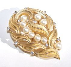 Lovely Brooch - I have this one in my collection!