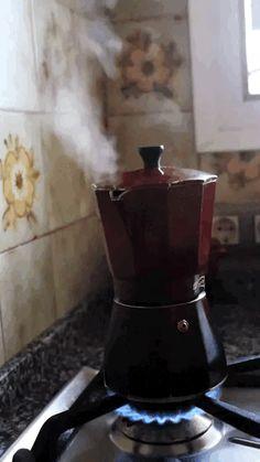 cafe, coffee, and gif kép Coffee Gif, I Love Coffee, Hot Coffee, Coffee Break, Coffee Drinks, Coffee Shop, Coffee Maker, Coffee Bags, Sexy Coffee