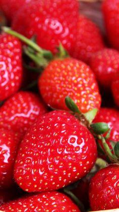 Wallpaper iPhone #strawberry