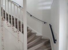 Trapleuningen en balustrades - BD RVS Designs Glass Stairs Design, House, Home Decor, Stairs, Decoration Home, Home, Room Decor, Home Interior Design, Homes
