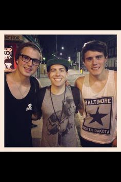 Marcus, hoodie allen and Alfie?! Oh my! 3 beautiful people together. Beautiful overload!