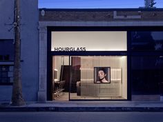 Hourglass Flagship Store by Standard Architecture, Venice – California