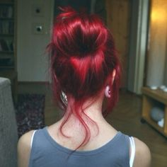 Red hair and bun is best combination!♥