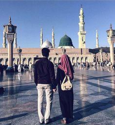 Cute Couples Photography, Muslim Couple Photography, Cute Couples Photos, Couples Images, Couple Pictures, Muslim Couple Quotes, Cute Muslim Couples, Muslim Girls, Muslim Women