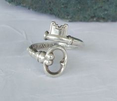 Vintage skeleton key Avon ring, I saw this product on TV and have already lost 24 pounds! http://weightpage222.com