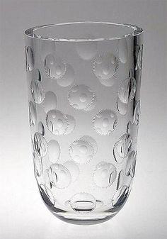 SAARA HOPEA - A crystal vase '1497 K 529' for Riihimäen Lasi Oy, Finland.   [h. 27 cm] Art And Craft Design, Design Art, Crystal Vase, Glass Design, Finland, Modern Contemporary, Retro Vintage, Glass Vase, Arts And Crafts