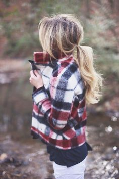 Great outfit for winter or fall, white jeans and plaid jacket