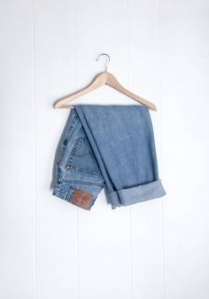 Levis Silvertab Overalls Mens Medium Oversized Style 392920000 - New Ideas Jean Vintage, Vintage Jeans, Boyfriend Jeans Style, Mom Jeans, Levis Jeans, Clothing Photography, Fashion Photography, Jean Outfits, Fashion Outfits