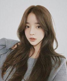 윤아라 yoon a ra ( Yoon Ara, Korean Girl, Asian Girl, Flower Backgrounds, Ulzzang Girl, Hair Goals, Asian Beauty, Korean Fashion, Cute Girls