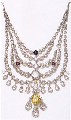 """The infamous Patiala Necklace The Patiala Necklace was a necklace created by the House of Cartier in 1928. It was made for and named after Bhupinder Singh of Patiala, the then ruling Maharaja of the state of Patiala. It contained 2,930 diamonds, including as its centerpiece, the world's seventh largest diamond, the 428 carat """"De Beers"""". The necklace disappeared around 1948. Part of it was recovered fifty years later with the De Beers diamond missing, along with many of the larger stones."""