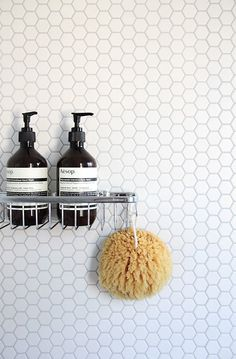 mosaico esagonale doccia