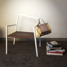 "OPS! chair with Manurina ""M"" bag"