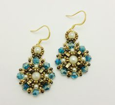 CLEOPATRA EARRINGS Free Beading Tutorial by MyAmari - featured in Bead-Patterns.com Newsletter!