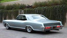 Very nice Buick Riviera..