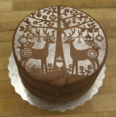 Reindeer stencil cake  by Yummy Stuff, via Flickr