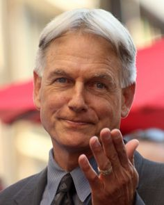 Mark Harmon receiving his star on the Walk of Fame - and signing 'I love you' to his wife, Pam Dawber - awww!!!