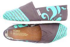 Brown and Teal Damask Print #TOMS Proverbs 3:5-6  www.fruitfulfeet.com