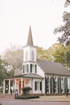 sweetest little chapel in South Carolina | Ashley Seawell #wedding