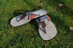 Lange haben wir gewartet und nun ist es soweit - der Frühling ist endlich da.   Passend dazu haben wir nun richtig gemütliche Flipflops für künftige Sommertage für euch:  -100% Hanfmaterial -Rutschfeste Naturkautschuk-Sohle -Natürlich fair gehandelt Flipflops, Sandals, Collection, Shoes, Design, Fashion, Natural Rubber, Summer Days, Hemp