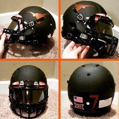 College Football Helmets, Texas Longhorns Football, Rockies Baseball, Ut Longhorns, Football Is Life, Football Uniforms, Football Gear, Football Stuff, Football Tattoo