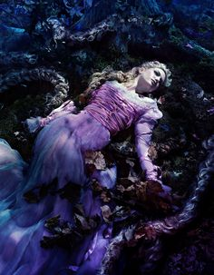 Rapunzel, Into the Woods Fantasy Disney Channel, Vampires, Into The Woods Movie, Rapunzel Costume, Der Computer, Tangled Rapunzel, Rapunzel Story, I Saw The Light, Movie Wallpapers
