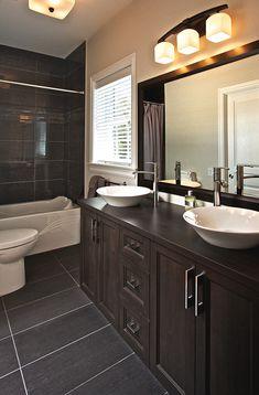 Meubles de salle de bain sur mesure à Vaudreuil Double Vanity, Bathroom, Home, Toilets, Furniture, Washroom, Bathrooms, Haus, Homes