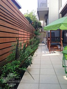 Pergola Ideas For Small Backyards Metal Pergola, Pergola With Roof, Backyard Pergola, Wooden Pergola, Backyard Landscaping, Roof Design, Fence Design, Decks, Small Outdoor Patios