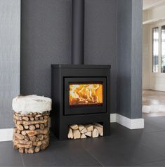 The own hearth is gold worth, a ducth saying Wood Burning Logs, Freestanding Fireplace, Living Room Styles, Lodge Style, Log Burner, Deco Furniture, Fireplace Design, My New Room, Home And Living