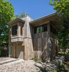 Zilker Hideaway : a guest studio and bike garage by Rick & Cindy Black Architects, photo by Whit Preston