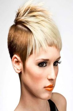 Today we have the most stylish 86 Cute Short Pixie Haircuts. We claim that you have never seen such elegant and eye-catching short hairstyles before. Pixie haircut, of course, offers a lot of options for the hair of the ladies'… Continue Reading → Haircut For Older Women, Older Women Hairstyles, Hairstyles Haircuts, Cool Hairstyles, Short Hair With Layers, Short Hair Cuts, Short Hair Styles, Pixie Haircut Gallery, Corte Bob