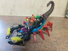 Made out of broken toys Making Out, Outdoor Power Equipment, Steampunk, Toys, Unique, Crafts, Activity Toys, Manualidades, Clearance Toys