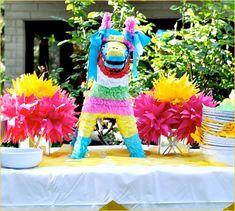 piñata para una fiesta Mexicana para niños paper machet animal filled with goodies for a Mexican kids party miraquechulo