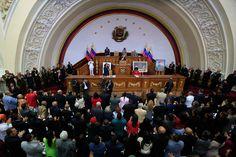 #7Sep Maduro: Gobernador electo que no se subordine a la #ANProstituyente será destituido #Venezuela - http://www.notiexpresscolor.com/2017/09/07/7sep-maduro-gobernador-electo-que-no-se-subordine-a-la-anprostituyente-sera-destituido-venezuela/