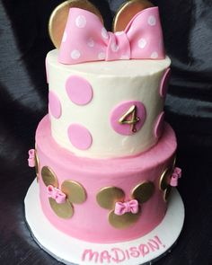 Gold and pink Minnie Mouse cake Www.facebook.com/tinykitchencakery