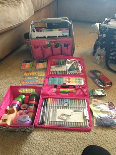 Timeless Beauty Bag from Thirty-One gifts used for art supply storage. AWESOME!!