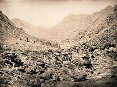 Albert Goupil Le Sinaï [avec le couvent de Sainte-Catherine] 1868