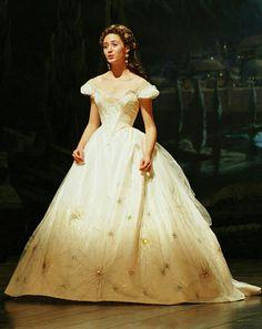 Emmy Rossum (Christine Daae)