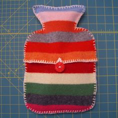 easy hot water bottle cover pattern (don't look family, you'll probably be getting something similar in the future!)