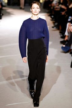 Stella McCartney Fall 2011 Ready-to-Wear Fashion Show - Karmen Pedaru (IMG)