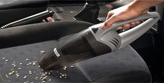 5 motivos para ter um aspirador de pó portátil no seu carro