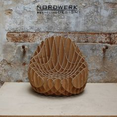 Our MC 205 Recycled Cardboard Armchair (S) is a very comfortable, small armchair made out of fully recycled industrial corrugated cardboard. With its ergonomic geometry you or your children will feel very comforted.